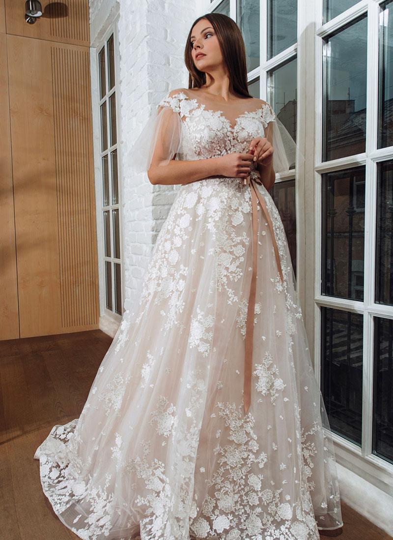 Vestiti Da Sposa Urgnano.Vasta Collezione Di Abiti Da Sposa Bergamo E Provincia